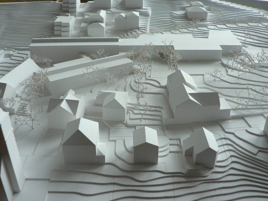 1 Prize Wettbewerb Neubau Doppelturnhalle und Kindergarten Mauren  «Mayer und Hüssy architekten» mit Gloria Ochoa