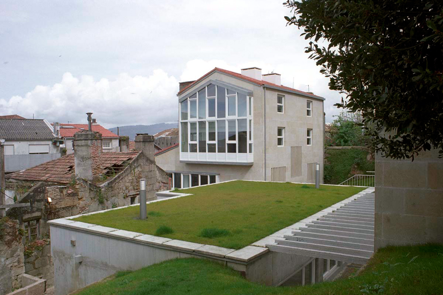 1995-2004 Social housing for young people in Vigo