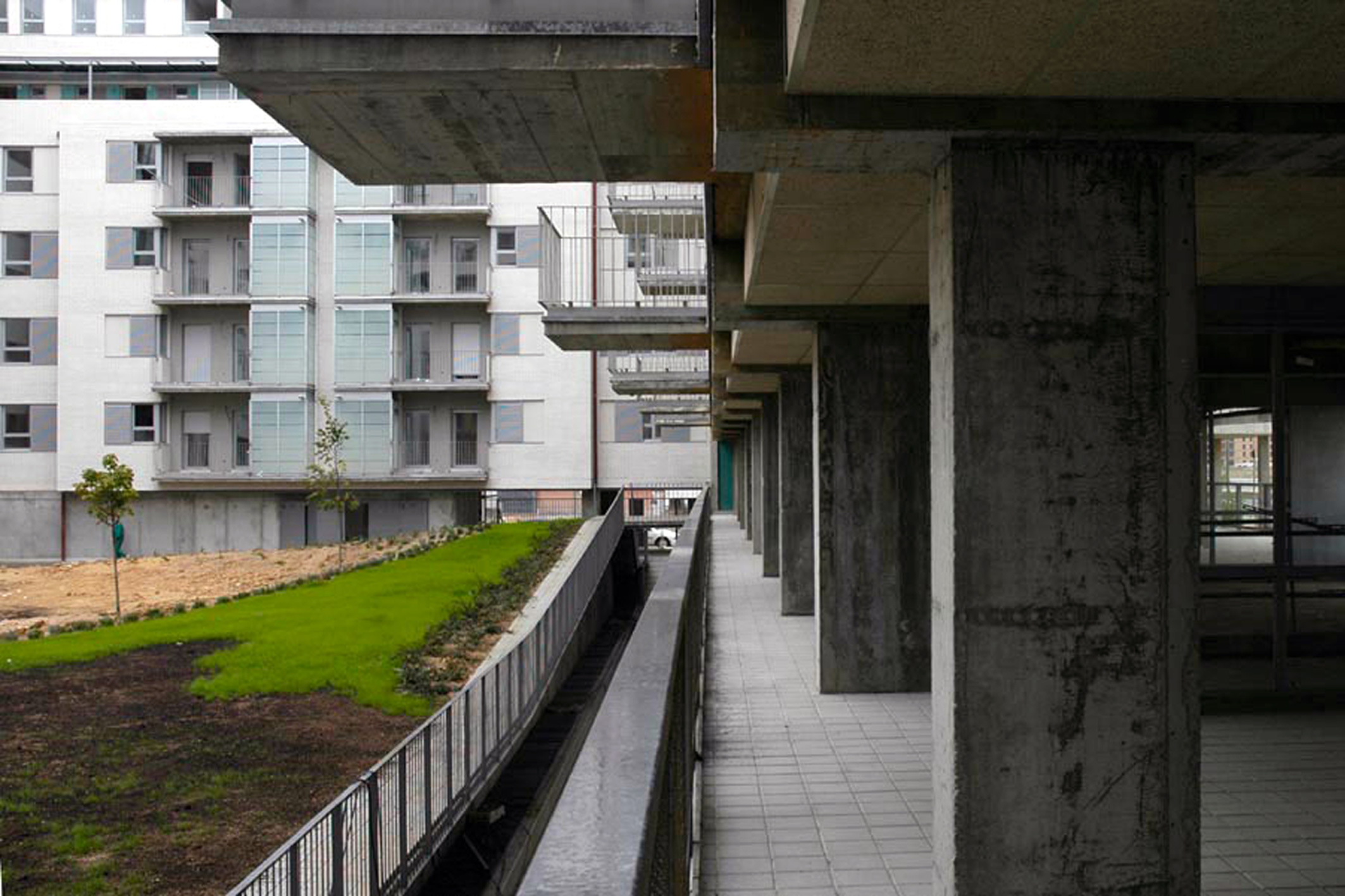 2001-2005 Social Housing, locals and public offices in Sanchinarro, Madrid