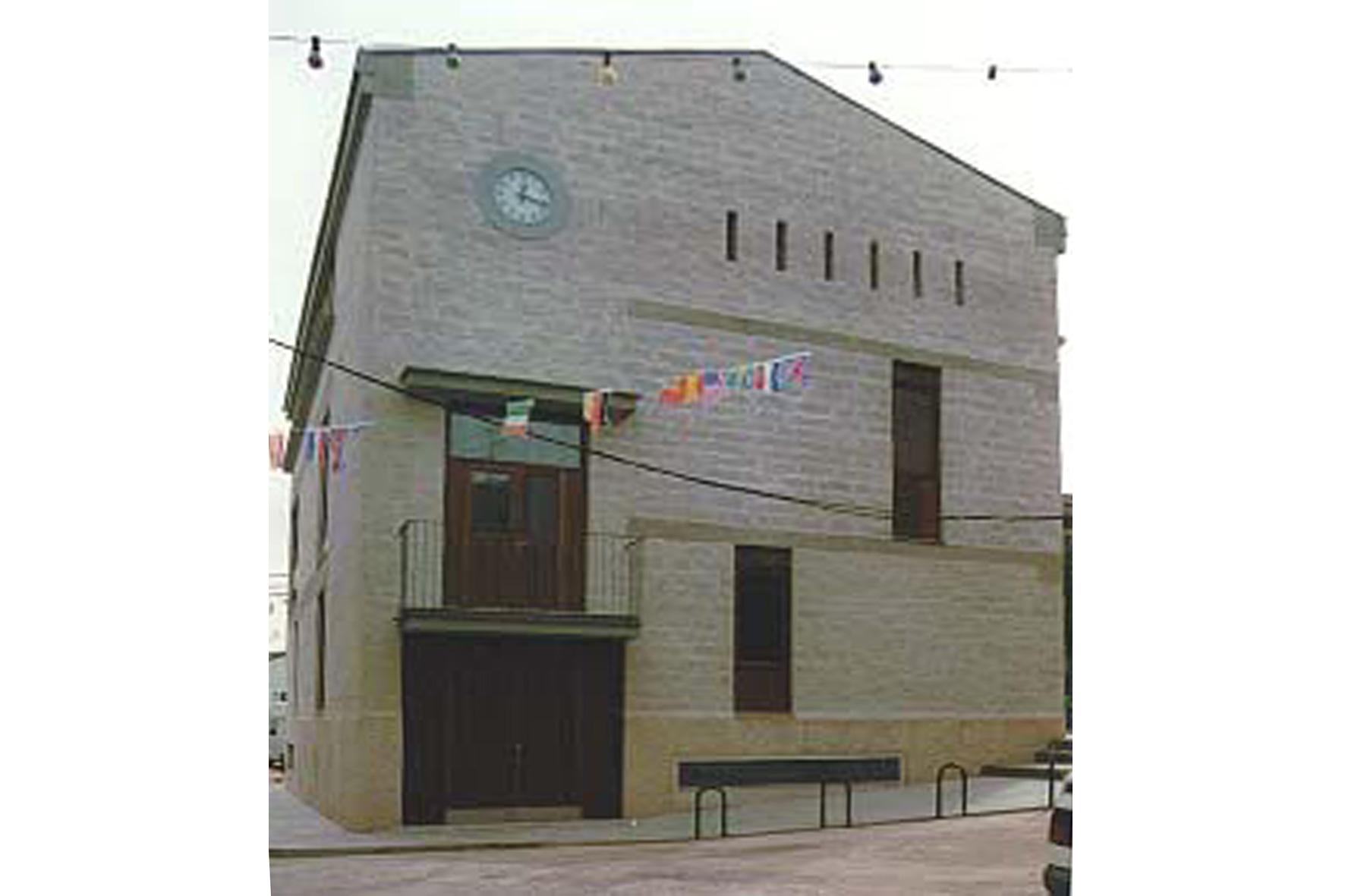 1992-1996 Pelayos de la Presa Town Hall, Madrid