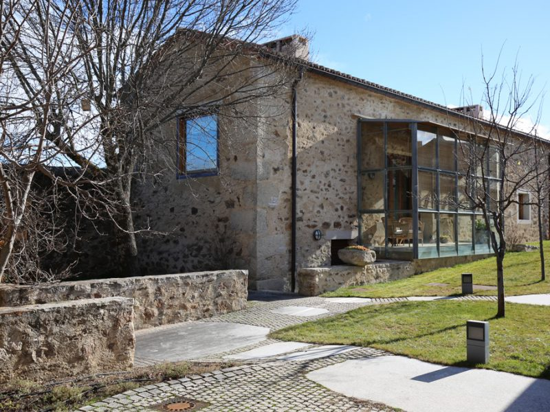 Jan 2021 Re-visiting the house in an old agricultural complex in Cabanillas de la Sierra (2012)